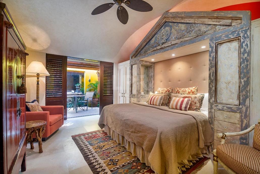 Villa Pontoquito 4 - Ultra luxury beachfront vacation rental villa real estate for sale - Punta de Mita, Riviera Nayarit, Mexico
