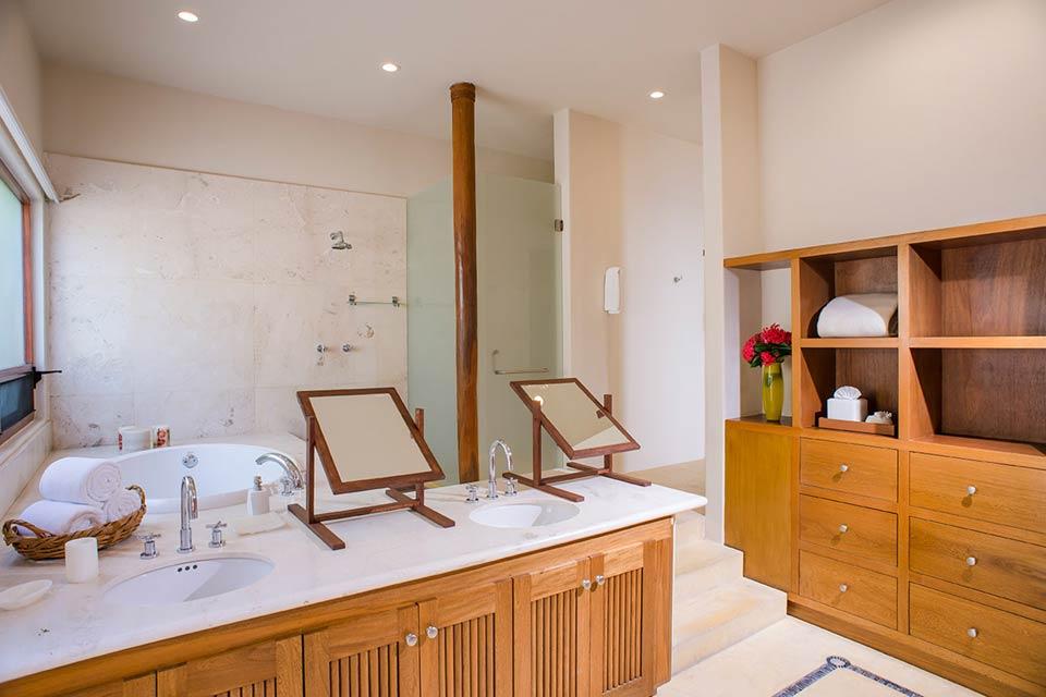 Villa El Farallon 10 - Luxury oceanfront vacation rental real estate for sale in Punta de Mita, Riviera Nayarit, Mexico