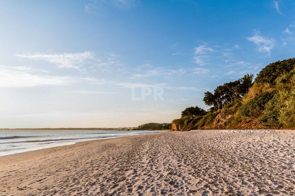 Villa Ranchos 22 - Luxury beachfront vacation rental at the Punta Mita Resort, Riviera Nayarit, Mexico