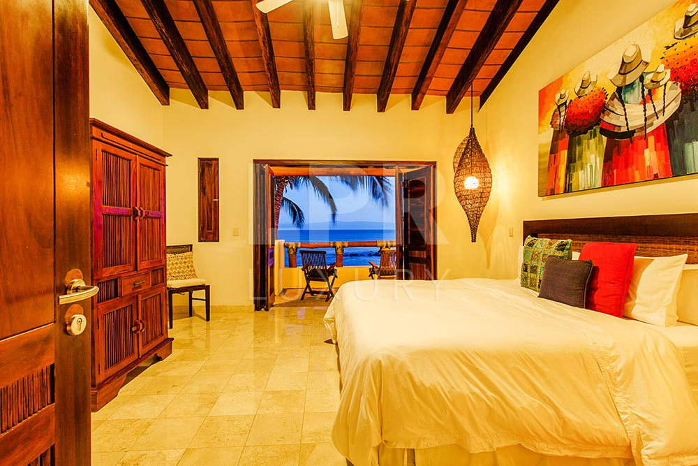 Villa El Farallon 11 - Luxury beachfront vacation rental villa at El Farallon, Punta de Mita, Riviera Nayarit, Mexico