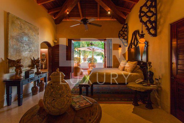 Villa Ranchos 6 - Luxury beachfront vacation villa at the Punta Mita Resort - home of the Four Seasons / St. Regis Punta Mita Mexico