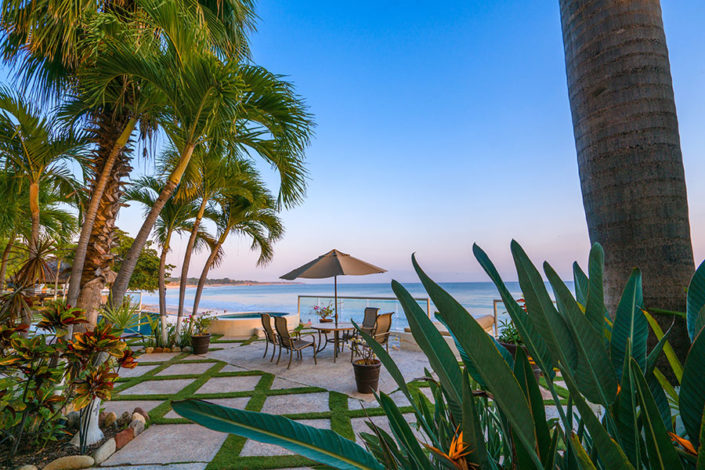 El Faro Real 101 - Vacation Rental condo on playa Punta de Mita for sale