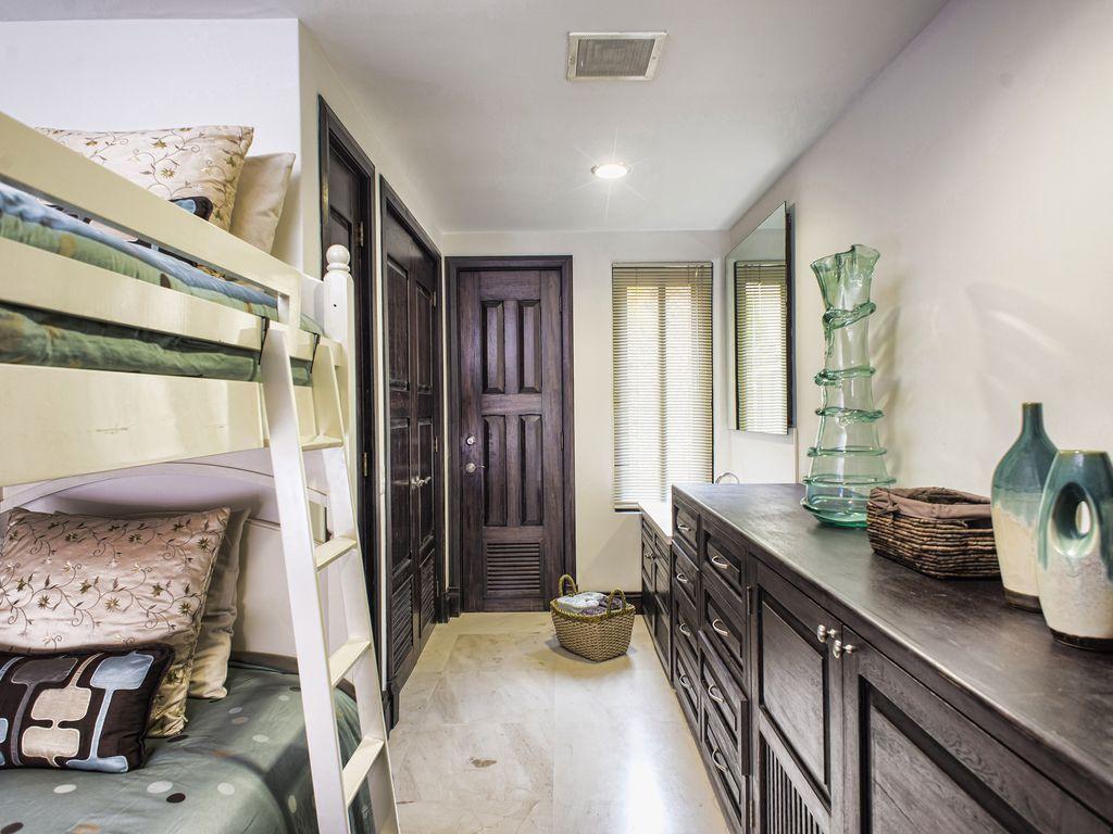 Hacienda de Mita 402 - Luxury Punta Mita Mexico condos for sale and rent