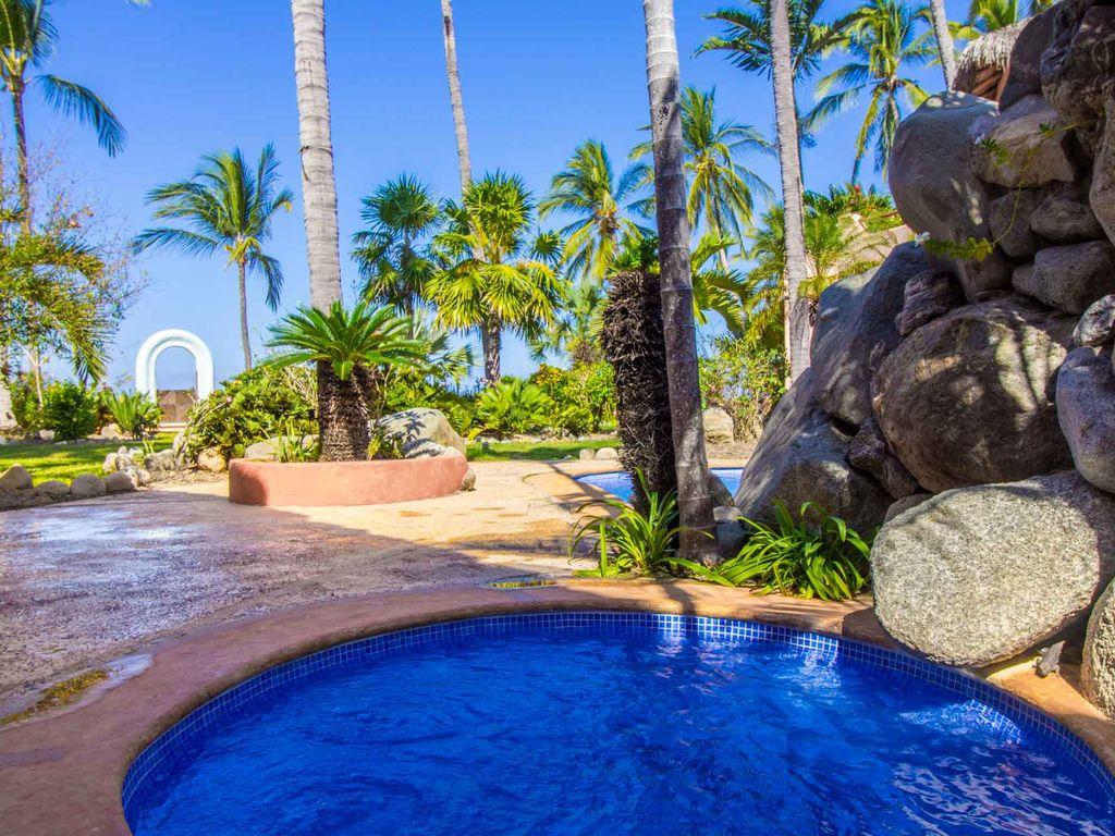Villa San Pancho 3 - Luxury beachfront vacation rental villa for sale - Real estate in San Francisco, Nayarit, Mexico