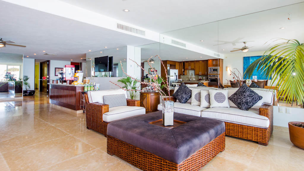 PVSR 303 - Luxury beachfront condo on playa Punta de Mita, Riviera Nayarit, Mexico