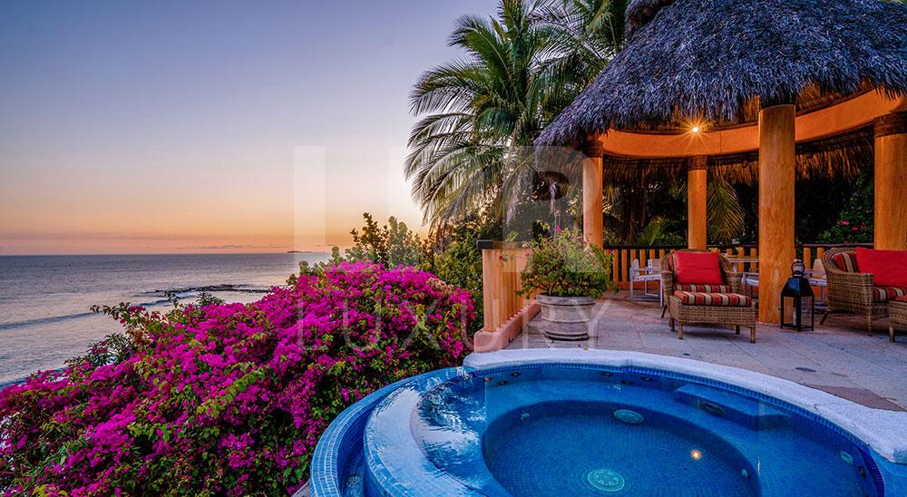 Villa El Farallon 12 - Luxury beachfront vacation rental villa in Punta de Mita, Riviera Nayarit, Mexico - Puerto Vallarta Real Estate