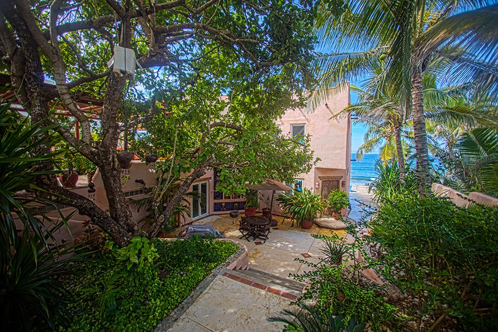 Casa Iguana - Higuera Blanca - Litibu- Punta de Mita beach front real estates for sale